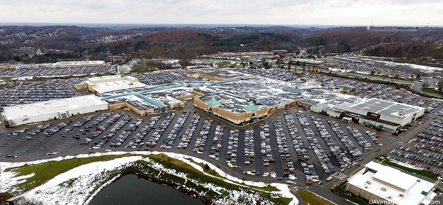 Eastview Mail from the air, snow swept roof, centered on Von Maur